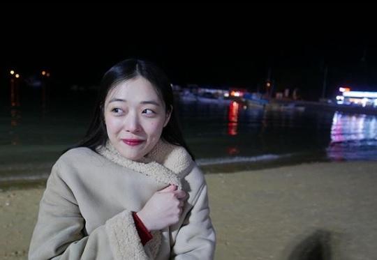 韩国警方坚持对雪莉验尸:遗属一直不同意 正在劝