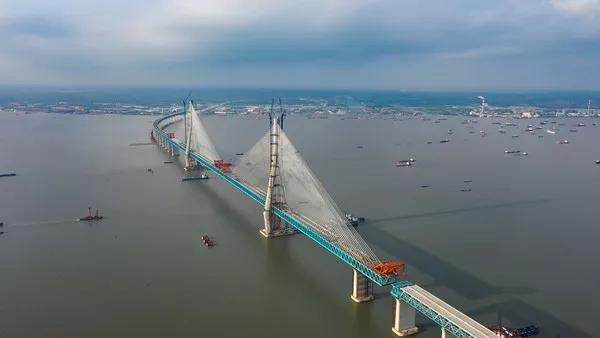 太壮阔!苏州这条世界第一的跨长江大桥马上合龙!