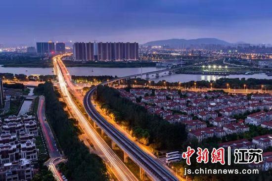 惠山新城夜景。惠山经开区供图