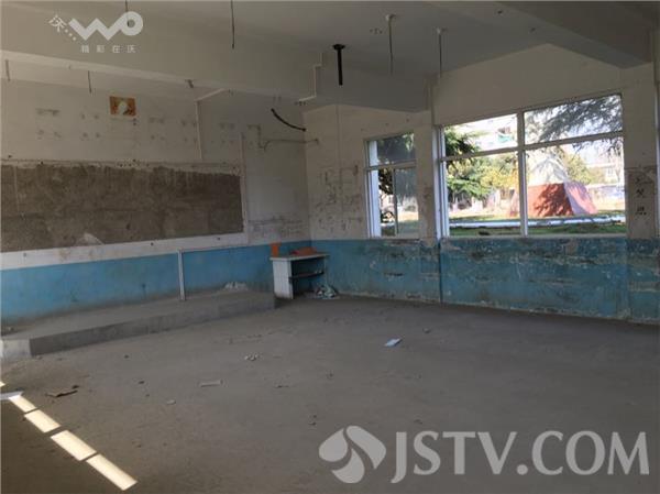 为薄弱学校新建校舍 全力消灭危旧教学楼