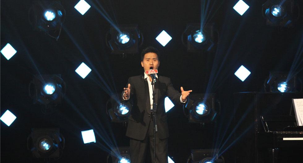 """""""歌唱界王宝强""""登《非诚勿扰》"""