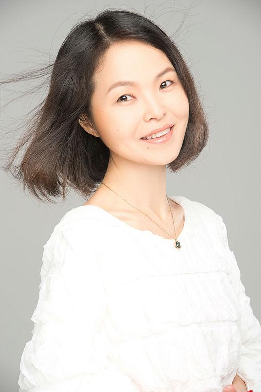 5担任音乐节目主持人至今;   主任编辑,江苏经典流行音乐广播节目部图片