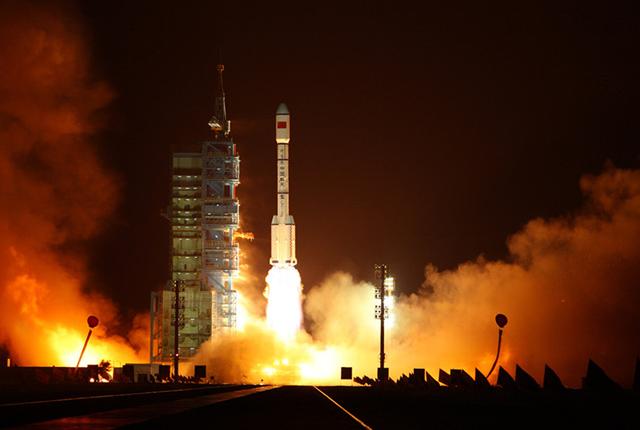 """2018中国航天发射数量第一 盘点这一年上天的""""大国重器"""""""
