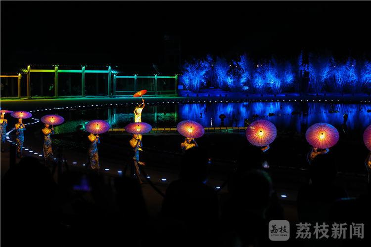 移步换景 沉浸体验……今晚的拈花湾,秀出了最动人的江南
