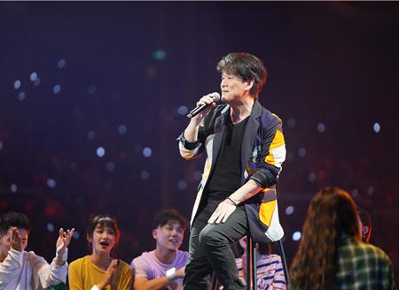 2020江苏跨年丨唱尽江湖归来仍是《少年》,周华健新歌唱给有阅历的人听
