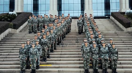 军校新学员这样对祖国表达祝福|荔枝军事
