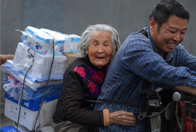 """特别的爱给特别的""""你"""" 那些年母亲的爱伴我长大"""