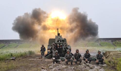 第71集团军某炮兵旅:首次间瞄射击 探索火力打击新模式|荔枝军事