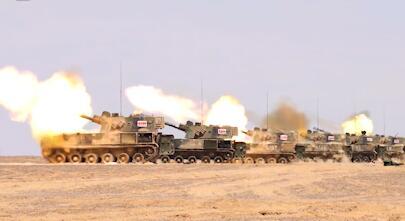 西北大漠 火力分队全自动射击演练 荔枝军事